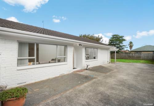 Takanini, CALLING FIRST HOME BUYERS OR INVESTORS, Property ID: 811449 | Barfoot & Thompson