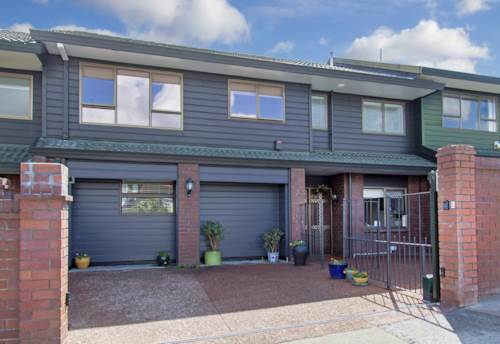 Remuera, Ideally Located Family Home, Property ID: 38000337 | Barfoot & Thompson