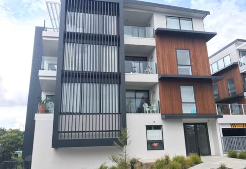 Mt Wellington, TRENDY APARTMENT - POOL AND BBQ AREA, Property ID: 38000469 | Barfoot & Thompson