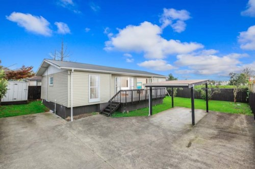 Henderson, Beautifully presented solid family house, Property ID: 38001509 | Barfoot & Thompson