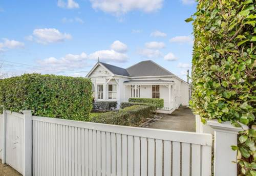 Grey Lynn, PERFECTION - SOUGHT AFTER, Property ID: 38001514   Barfoot & Thompson
