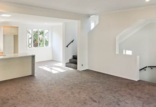 Epsom, Refreshed and Revitalised Townhouse, Property ID: 38001575 | Barfoot & Thompson