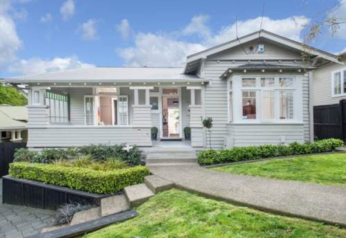 Remuera, Large Family Home, Property ID: 38001578 | Barfoot & Thompson