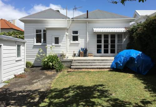Remuera, Walking Distance to Remuera Shops, Property ID: 38001581 | Barfoot & Thompson