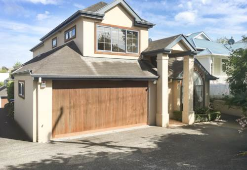 Remuera, Well presented and Spacious Townshouse, Property ID: 38001604 | Barfoot & Thompson