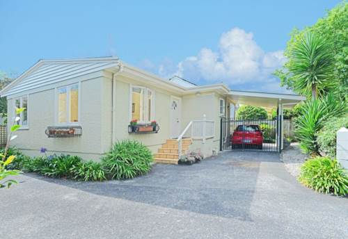 Remuera, DGZ- STAND ALONE - COSY 2-BEDROOM HOUSE IN REMUERA, Property ID: 38001666 | Barfoot & Thompson