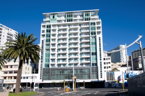 City Centre, FURNISHED - SHORT OR LONG TERM - LAP POOL, Property ID: 38001697 | Barfoot & Thompson
