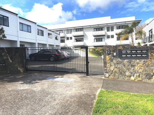 Grey Lynn, SUNNY, SECURE 2 BEDROOM CUTIE!, Property ID: 38001775 | Barfoot & Thompson