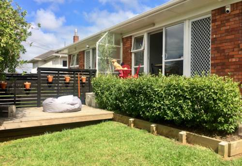 One Tree Hill, BEAUTIFULLY PRESENTED - VERY CUTE, Property ID: 38001805 | Barfoot & Thompson