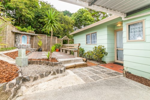 Beach Haven, LOVELY 3 BEDROOM FAMILY HOME , Property ID: 38001848 | Barfoot & Thompson