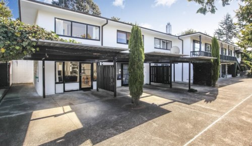 Remuera, A CUTIE NEAR ORAKEI BASIN, Property ID: 38001852 | Barfoot & Thompson