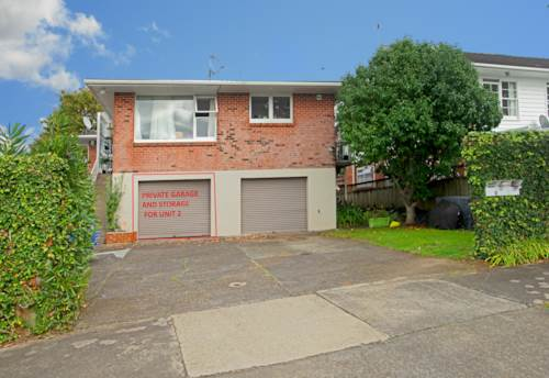 St Johns, ELEVATED UNIT WITH GREAT VIEWS - WATER INCLUDED, Property ID: 38001921 | Barfoot & Thompson