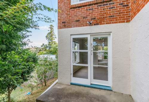 St Johns, BEAT THE JANUARY RUSH - SECURE NOW - MOVE IN IN JANUARY, Property ID: 38001922   Barfoot & Thompson