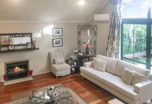 Remuera, FULLY FURNISHED - SHORT TERM AN OPTION , Property ID: 38001940 | Barfoot & Thompson