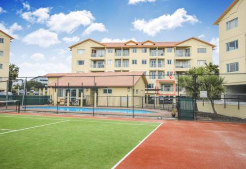 Mt Wellington, SECURE CARPARK - POOL - WATER INCLUDED, Property ID: 38001948 | Barfoot & Thompson