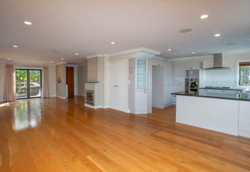 Remuera, EASY CARE PROPERTY - MODERN - SPACIOUS , Property ID: 38001951 | Barfoot & Thompson