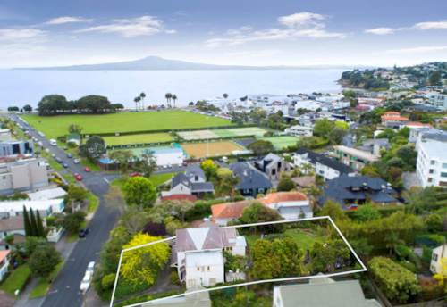 St Heliers, WALK TO ST HELIERS BEACH - WARM AND COSY, Property ID: 38001956 | Barfoot & Thompson