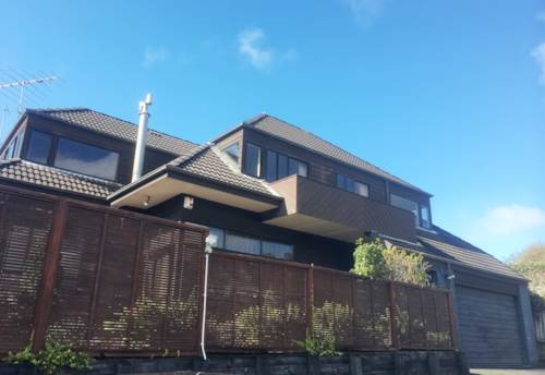 Remuera,  ELECTRIC GATES - WALK TO VICTORIA AVE SCHOOL - DGZ, Property ID: 38001966 | Barfoot & Thompson