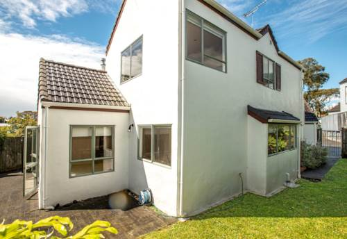 Glendowie, FAMILY HOME WITH ALL THE EXTRAS, Property ID: 38001969 | Barfoot & Thompson
