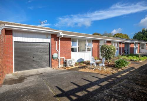 Greenlane, FABULOUS EASYCARE LIVING, Property ID: 38001973 | Barfoot & Thompson