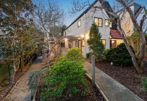 Remuera, EASYCARE LIVING - ENTERTAINERS DREAM, Property ID: 38001977 | Barfoot & Thompson