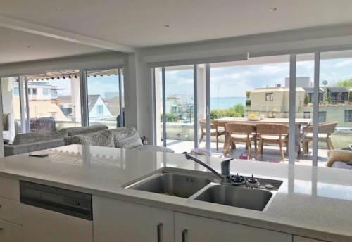 St Heliers, VIEWS OF HARBOUR - WALK TO WATERFRONT - BEAUTIFUL, Property ID: 38002007 | Barfoot & Thompson