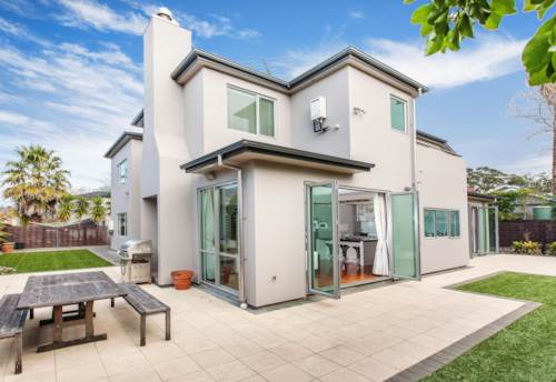 Remuera, Executive Spacious Residence, Property ID: 38002020 | Barfoot & Thompson