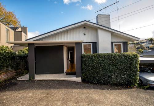 Remuera, PRIME LOCATION IN REMUERA - DGZ 3 BEDROOM HOME, Property ID: 38002036 | Barfoot & Thompson
