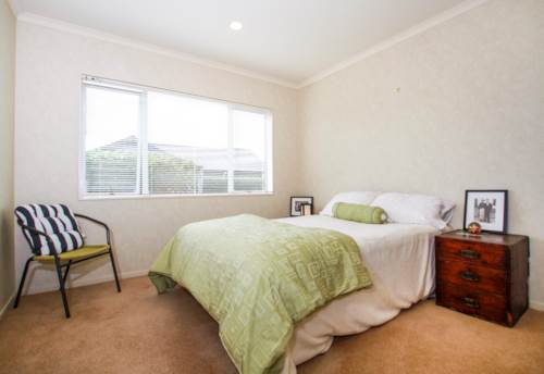 Te Atatu Peninsula, Three Bedroom Unit in Te Atatu Peninsula, Property ID: 39001788 | Barfoot & Thompson