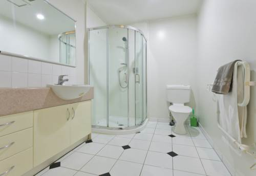 City Centre, Semi Furnished One Bedroom, Property ID: 39001807   Barfoot & Thompson