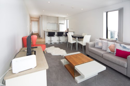 City Centre, Near new two bedroom two bath + Flexi  in Queens Residences , Property ID: 39001944 | Barfoot & Thompson