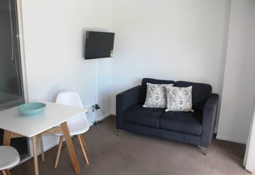 City Centre, Renovated Two Bedroom + Cold water incl, Property ID: 39002087   Barfoot & Thompson