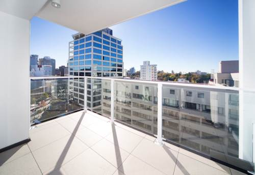 City Centre, Studio in Queens Residence , Property ID: 39002157 | Barfoot & Thompson