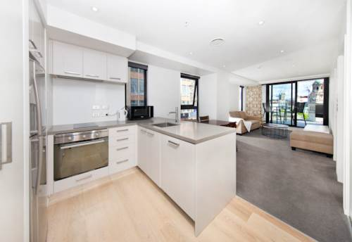 City Centre, 2 Bedrooms apartment in the Queens Residences, Property ID: 39002186 | Barfoot & Thompson