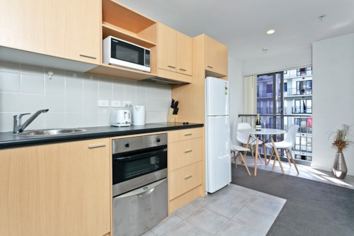 City Centre, Two Bedrooms in Kiwi on Queen, Property ID: 39002196 | Barfoot & Thompson