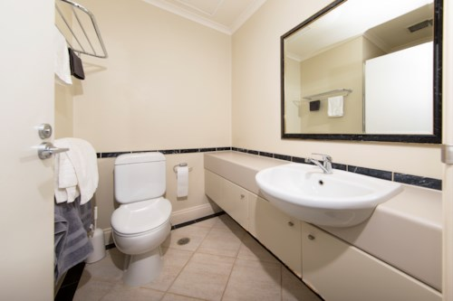 City Centre, One Bedroom in Auckland CBD. NO LETTING FEE, Property ID: 39002205 | Barfoot & Thompson