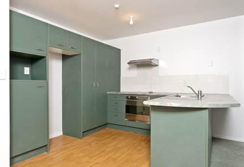 Mt Wellington, Mountainside Three Bedroom Apartment, Property ID: 39002223 | Barfoot & Thompson