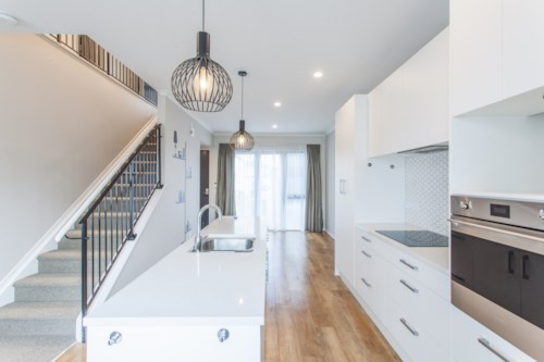 Mt Wellington, Near new four bedrooms with two and half bathroom town house  at Mt Wellington, Property ID: 39003338 | Barfoot & Thompson