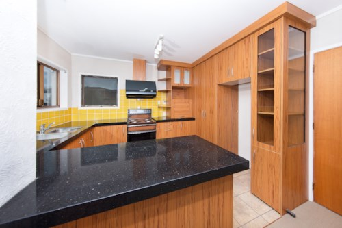 Howick, Two bedroom house with One bathroom, Property ID: 39003356 | Barfoot & Thompson