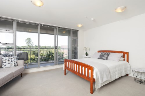 City Centre, Furnished Studio including WATER, Property ID: 39003401 | Barfoot & Thompson