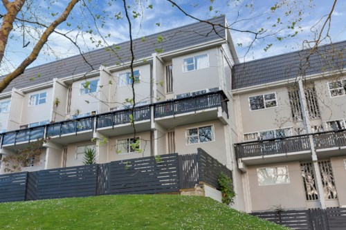 Freemans Bay, Modern Townhouse in Central Location, Property ID: 39003418 | Barfoot & Thompson