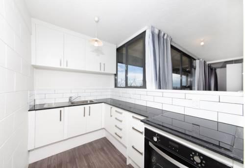 Newmarket, Newmarket Apartment + Carpark, Property ID: 39003433 | Barfoot & Thompson