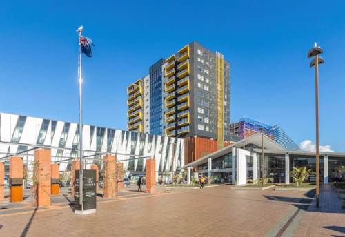 New Lynn, Two Bedroom Apartment with a Secure Car Park, Property ID: 39003476 | Barfoot & Thompson