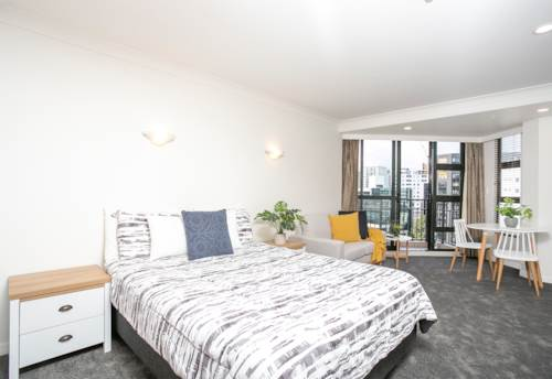 City Centre, NEWLY RENOVATED STUDIO - CARPARK, POWER, WATER & INTERNET INCLUDED, Property ID: 39003561 | Barfoot & Thompson