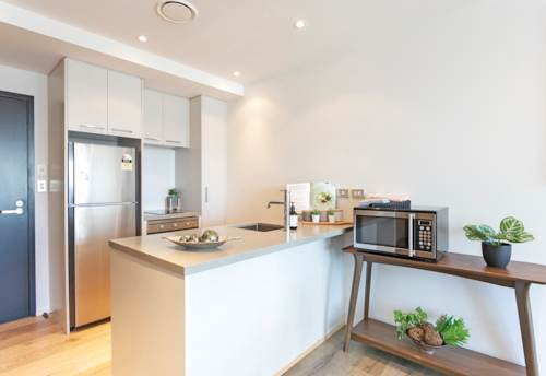 City Centre, QUEENS RESIDENCES - Level 23 - Furnished Two bedroom apartment with stunning views across city!, Property ID: 39003590   Barfoot & Thompson