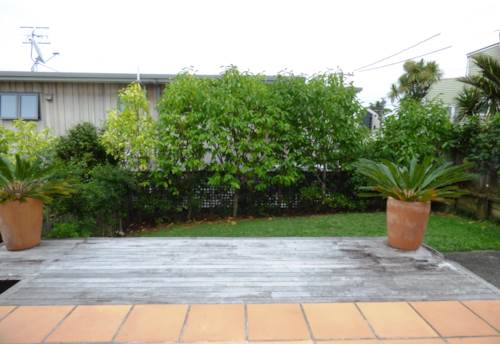 St Heliers, Furnished two bedroom $660 pw - ideal location , Property ID: 40000562 | Barfoot & Thompson