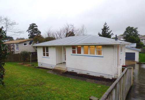 Glen Innes, Large renovated home., Property ID: 40001779 | Barfoot & Thompson