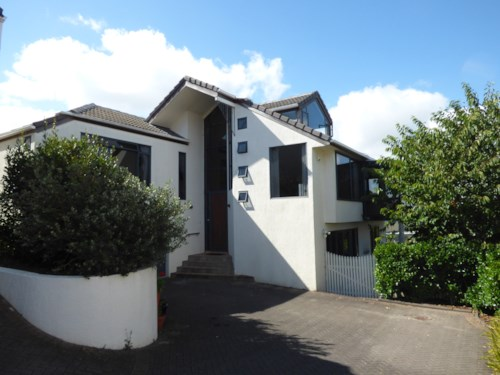 St Heliers, Spacious home with views, Property ID: 40001900 | Barfoot & Thompson