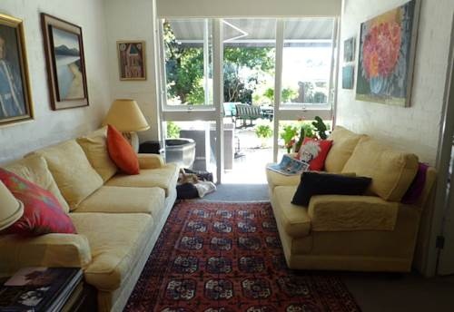 Kohimarama, AVAILABLE NOW 3-4 month rental - fully furnished in the bays by the beach , Property ID: 40001917 | Barfoot & Thompson