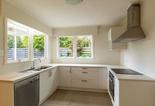 St Heliers, Prime Location to the fabulous St Heliers beach and village!!, Property ID: 40001964   Barfoot & Thompson